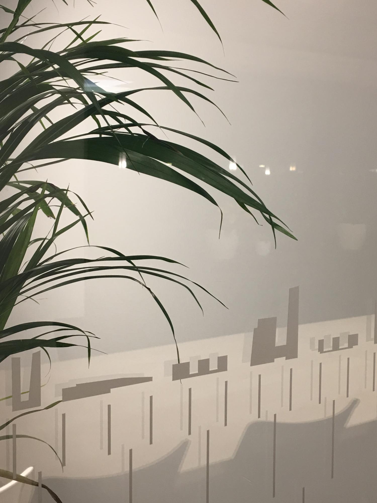 Разработанные иконки объектов бюро в интерьере нового офиса бюро. Печать на плёнке Oracal.